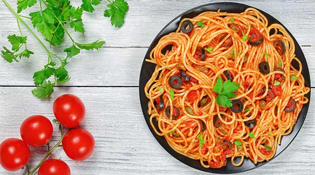 anchovy pasta and tomato sauce