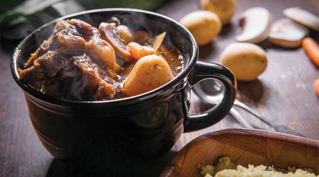 Slow cooker braised oxtail stew
