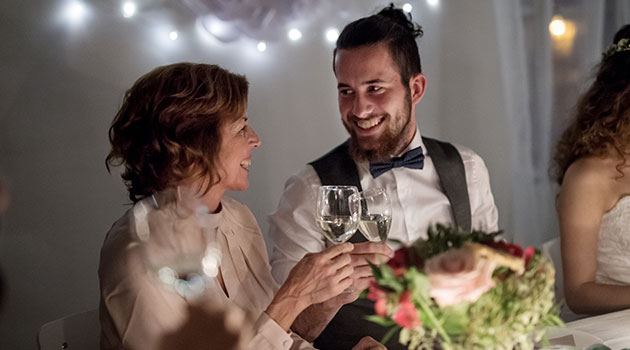 Mother of the groom etiquette and advice