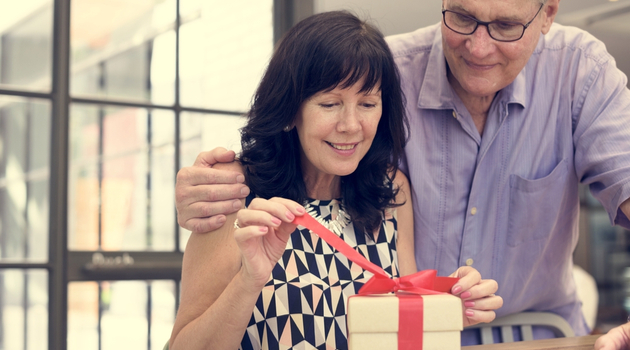 wedding gifts for mature couples