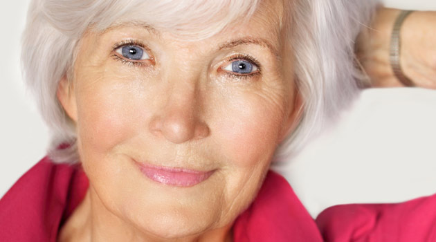 7 Secret Makeup Tips For Over 50s