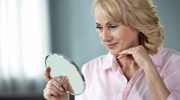 Makeup for Older Women - 10 Secret Tips